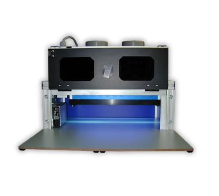 Emisor de luz ultravioleta rectangular con cámara de irradiación acoplada